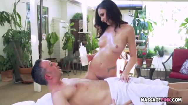 Massage therapist gives great bjs and body slides - ariana marie, keiran lee