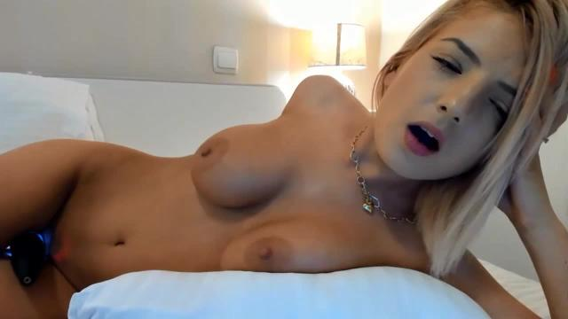 Busty blonde babe cant stop cumming on webcam