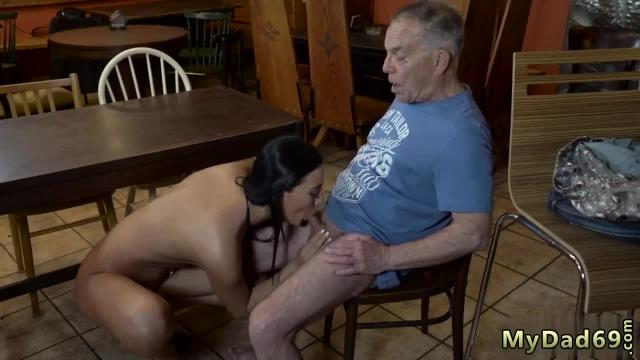 Daddy fucks ally' pal's daughter hard can you anticipate your gf