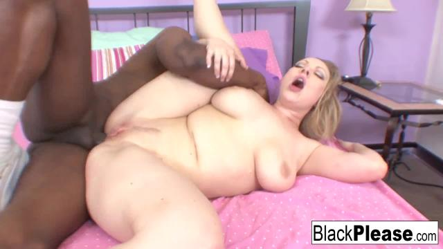 Vicky vixen wants anal